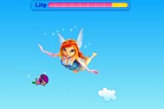 Игра с Блум из Винкс, где она ловит свою пикси Локетт
