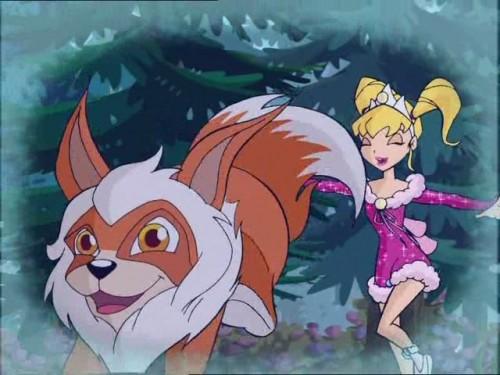 Стелла бегает по лесу