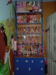 Шкаф с фигурками Винкс
