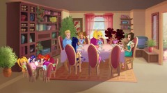 Семейный обед Винкс