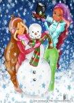 Лейла и Флора наряжают снеговика